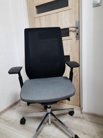 Fotel obrotowy do biurka Accis Pro 150SFL Profim