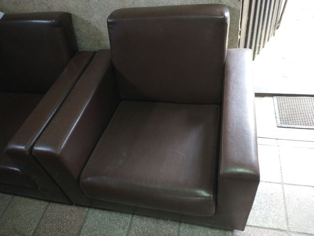 Oddam dwa fotele