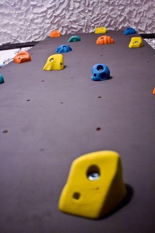 Стенды для боулдеринга ( стенд для альпинизма)
