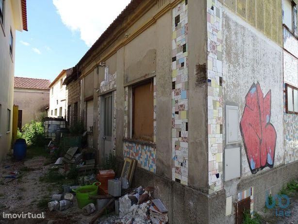 Moradia - 57 m² - T4
