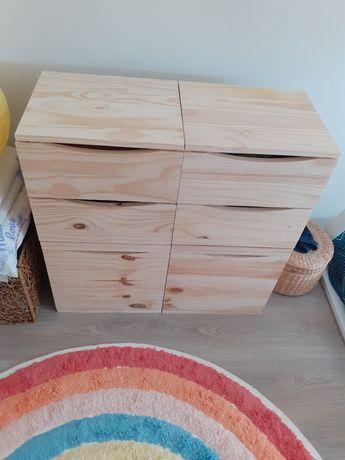 Cômoda como nova madeira maciça.