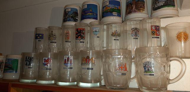 Conjunto de copos e canecas de cerveja