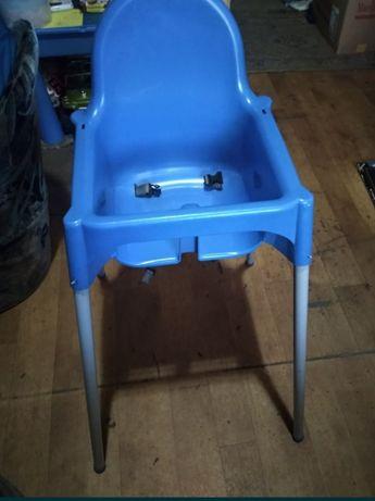 Oddam krzesełko!
