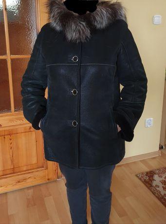 Krótki Skórzany Czarny Kożuszek z Kapturem rozmiar L jak nowy