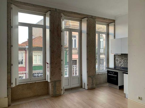 Apartamento T1 centro do Porto / 1 bedroom apartment for rent