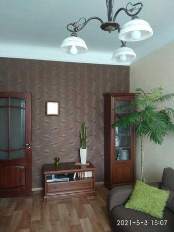 Продаж 2-х кімнатної квартири по пр. Волі