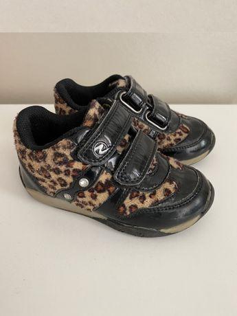 Ботинки демисезонные кроссовки 23 кожа