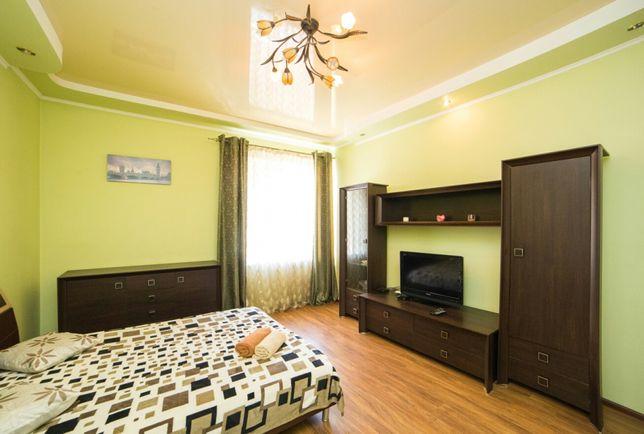 Подобова оренда 2 кімнатної квартири біля ТЦ Форум,Малєвич