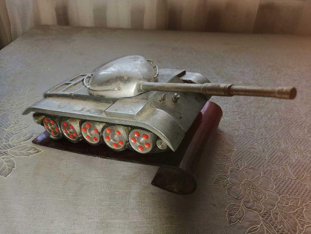 Модель танка 70 годы