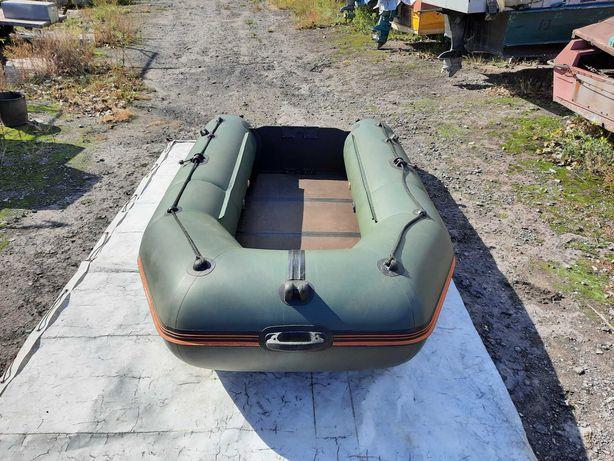 Лодка Колибри (Kolibri) КМ 300