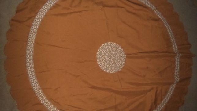 Obrus okrągły 140 cm