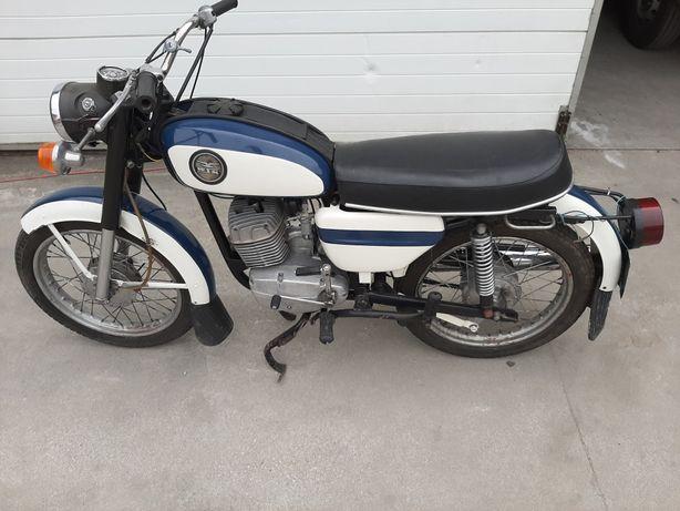 Wsk 175 Kobuz  1979r.