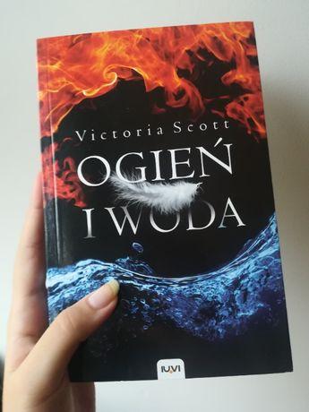 """""""Ogień i Woda"""" Victoria Scott- STAN IDEALNY!"""