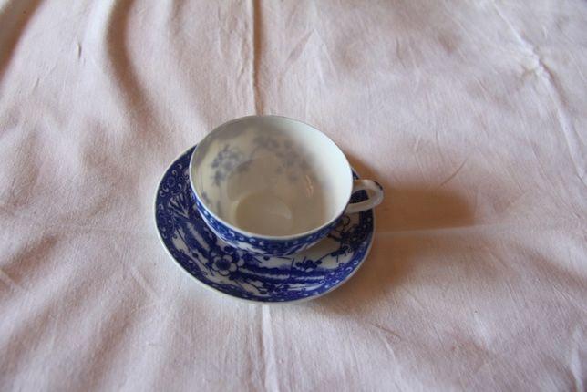 Chávena Azul e Branca em cerâmica