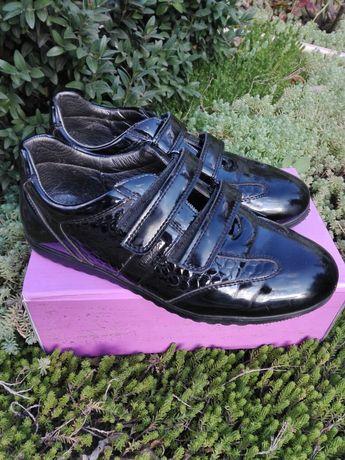 Осенние туфли, ботинки р. 35