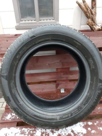 Opona zimowa Michelin 255/55 R18