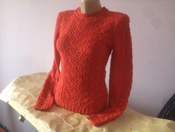 Продам пуловер ручной работы