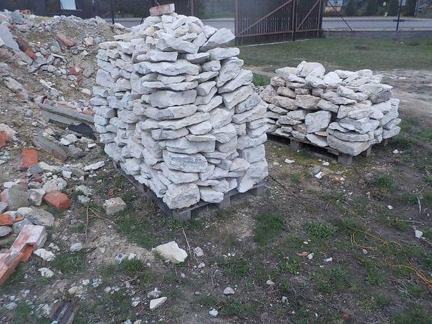 kamień wapienny z rozbiórki domu