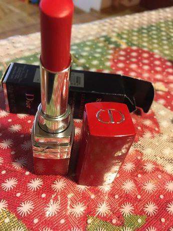 Помада Dior ultra rouge. Оригинал!! Цена в Брокарде 1200