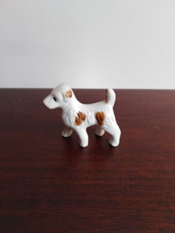 Porcelanowa figurka pieska ręcznie malowana