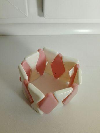 Bransoletka różowo-biała, dodatek