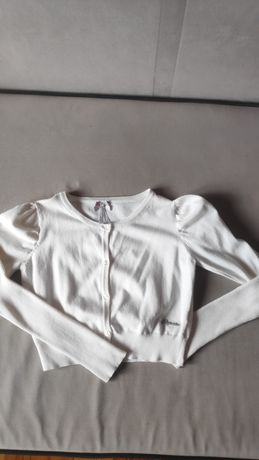 Biały sweterek rozmiar 134