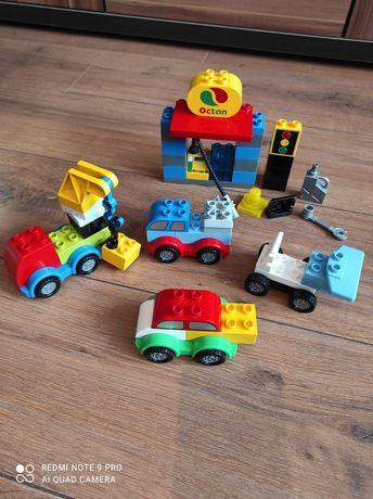 Pierwsze autka + stacja paliw LEGO Duplo