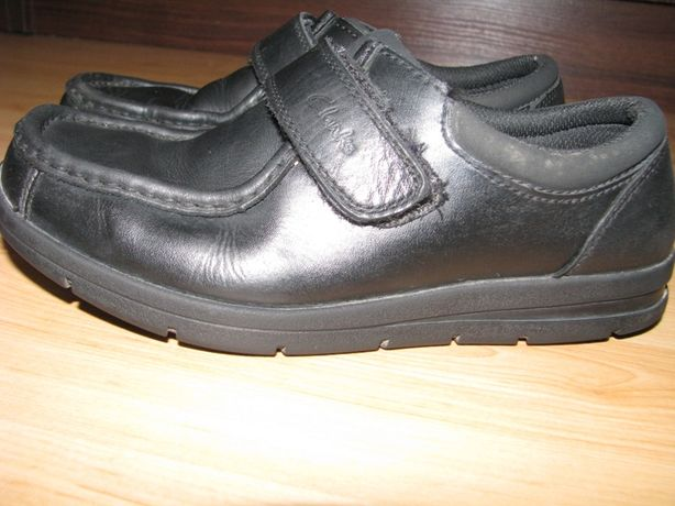 Продам туфли Clarks