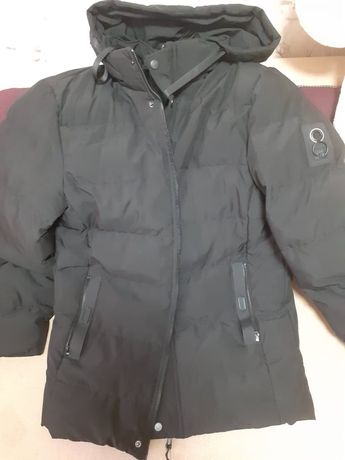 Продам новую мужскую куртку