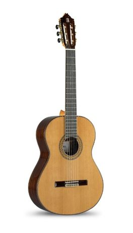Alhambra 9P Gitara klasyczna 4/4 + futerał+5kpl strun Savarez Gratis!