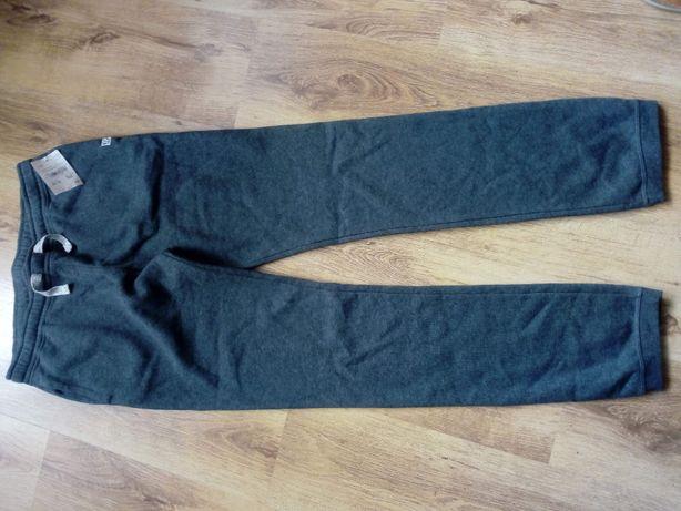 Spodnie drespwe chłopięce nowe!