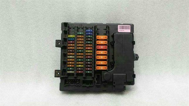 skrzynka bezpieczników bmw z4 e85 3,0 m54 automat 2003 rok