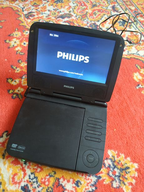 Портативный DVD Philips