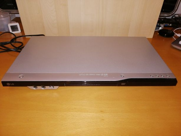Leitor DVD e Karaoke LG DK172