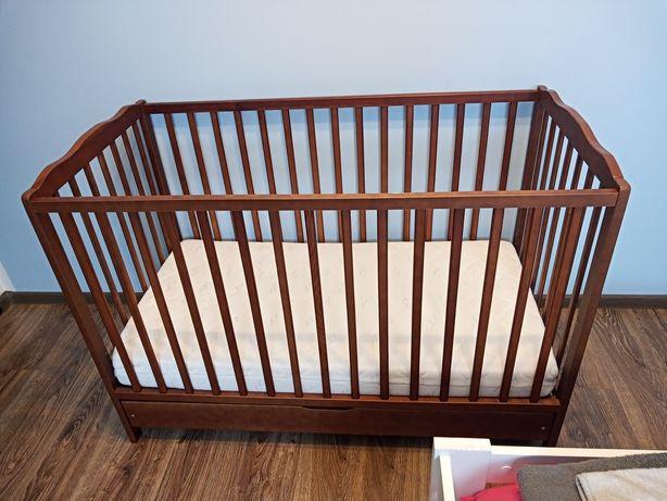 Sprzedam łóżeczko niemowlęce plus materac!:)