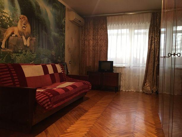 Продам 1 комн. квартиру в приморском районе