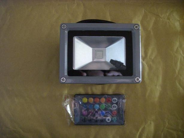 Projector Foco led RGB 10w com comando ( ARTIGO NOVO )