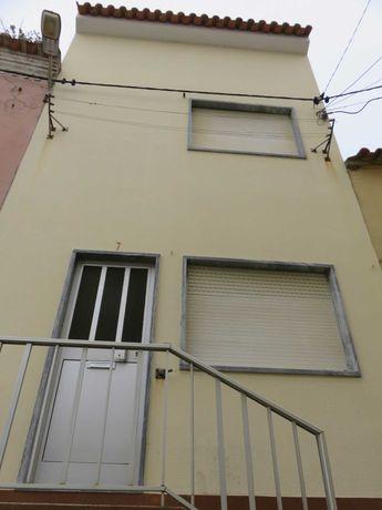 Moradia T3 em São Martinho do Porto - 85.000