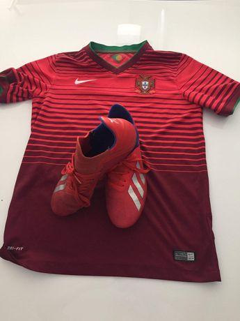 Camisola oficial da seleção portuguesa e chuteiras da adidas