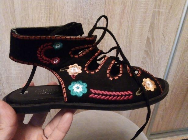 Sandały sandałki 34
