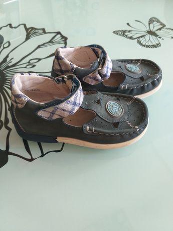 Дитяче взуття Bartek