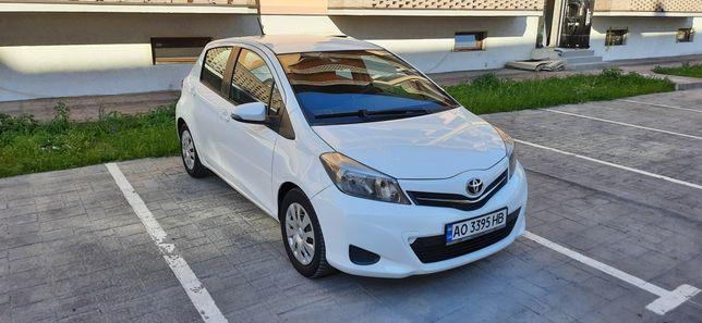 Toyota Yaris. 1,0газ/бенз. Хороша комплектація!