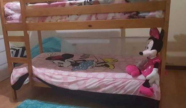 Vendo cama com dois andares