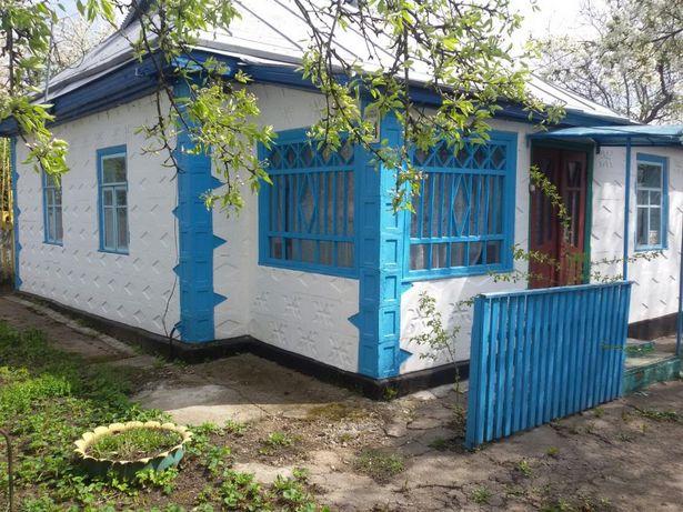 Продаётся дом в с.Ладыжинка