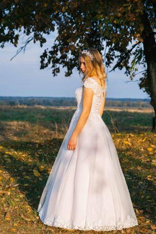 Торг. Срочно продам. Весільне плаття \ Свадебное платье \ Випускне .