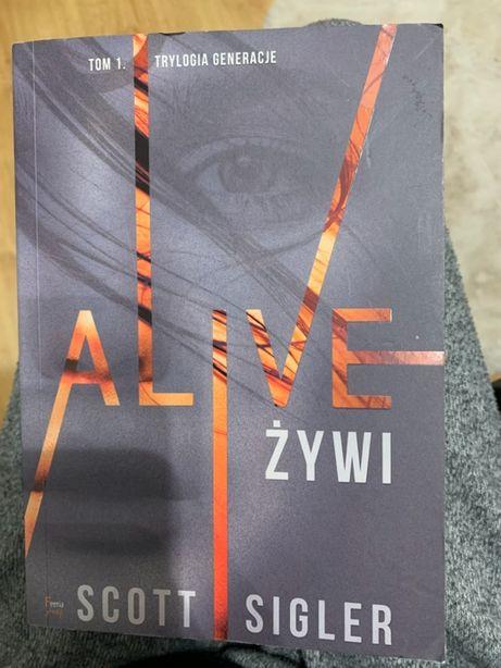 """Książka """"Alive żywi"""""""