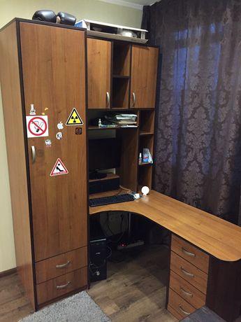(Торг) Угловой шкаф-стенка, компьютерный стол