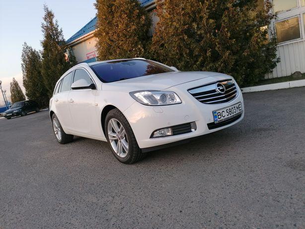 Продам Opel Insignia 2.0 cdti 2012