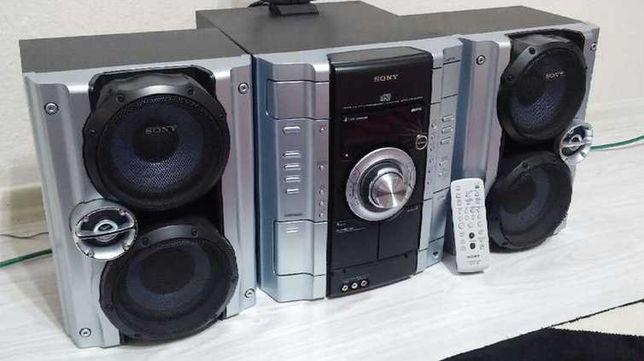 Sony/USB/безпроводной Bluetooth/AUX/mikroSD/CD/MP3/РадиоFM,AM/240ват!!