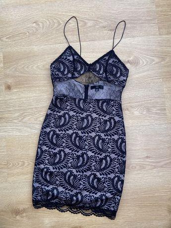 Нове плаття, нова сукня на тонких бретельках чорна